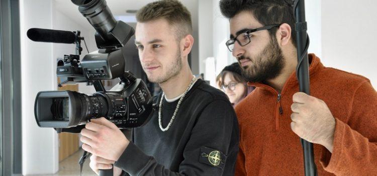 …und Action! Filmpremiere der Klassen 2BFE1