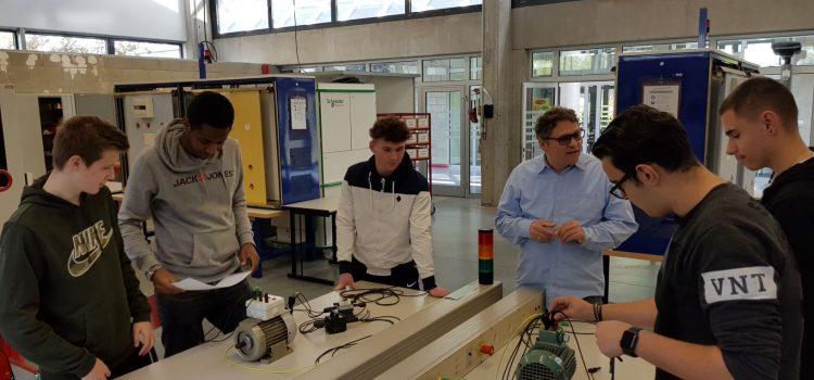 Elektronikerklasse besucht Partnerschule in Wissembourg