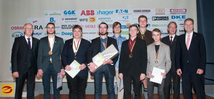 Deutscher Meister der Energie- und Gebäudeelektroniker von der HHS