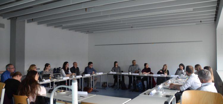 Runder Tisch – Austausch von Flüchtlingserfahrungen