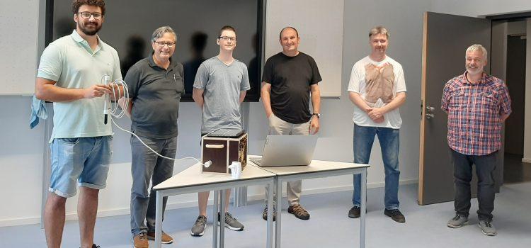Techniker übergeben Projektarbeiten an die Stadt Karlsruhe
